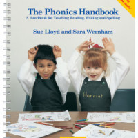 The Phonics Handbook (In Precursive Letters)